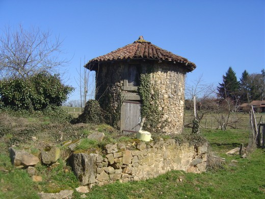 Chestnut dryer at La Treille