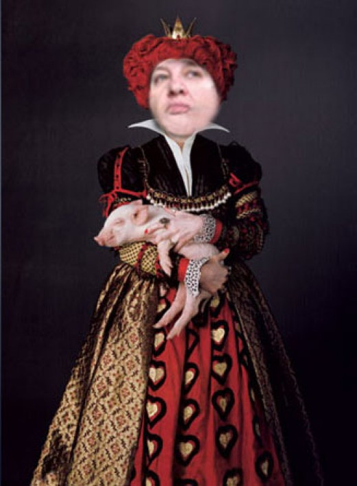 """Off with her head!"" Zsuzsy-RedQueen - Image by Enelle Lamb, photo from laurenmangioni.com"