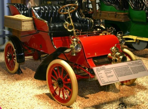 An early Model A Ford similar to one imported to Australia in 1904.