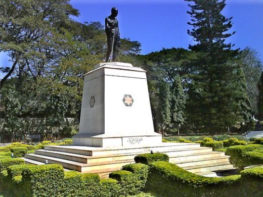 Mahatma Gandhi Statue in Gandhi Park