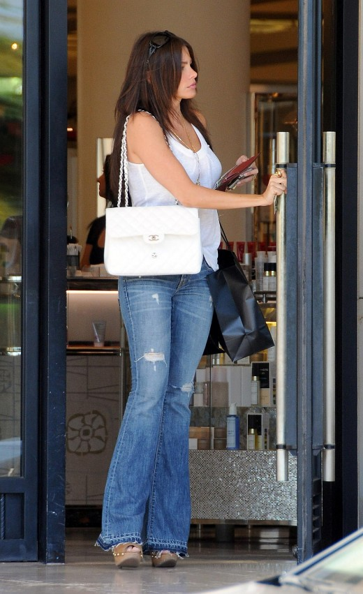 Sofia Vergara in tight jeans and high heels