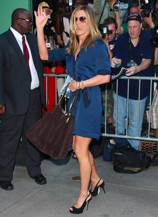 Jennifer Aniston shows off her hot legs on GMA