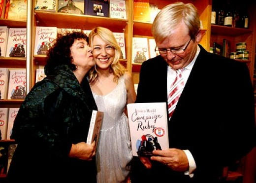 Author Jessica Rudd with her Mother Theresa Rein & Father,  Federal MP Kevin Rudd.