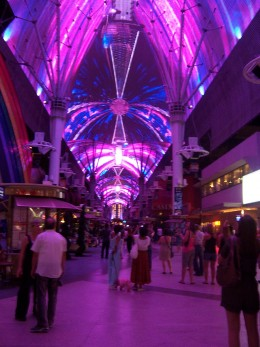 Freemont Street Experience in Las Vegas(C)Copyright KCC Big Country