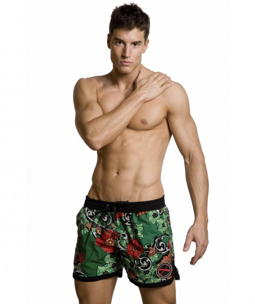 Get a pair of men's swimming trunks that suit you.