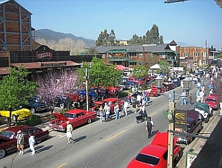 Over 500 participants help to make the Temecula Rod Run a success.