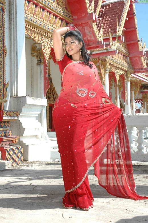 Red hot Sneha in Saree
