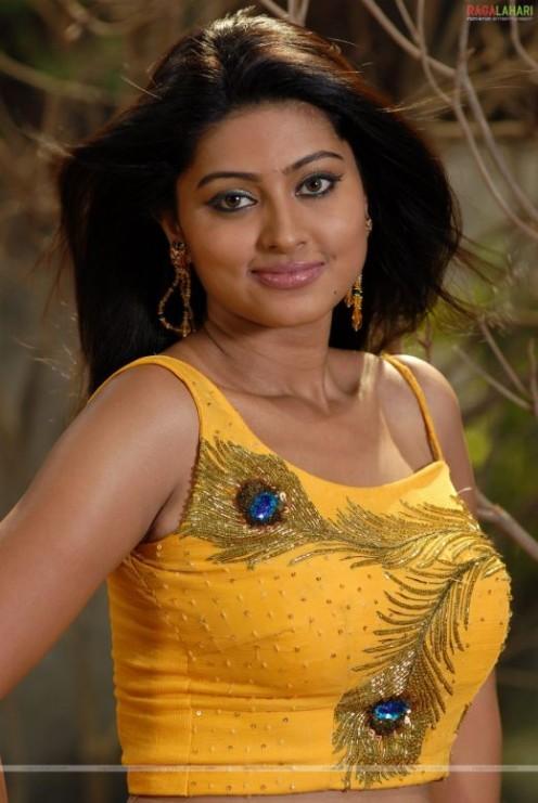 kareena indian escort older