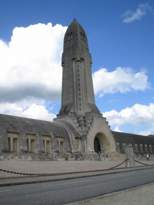 Ossuarium of Douaumont. Photo by Harry de Bruijn