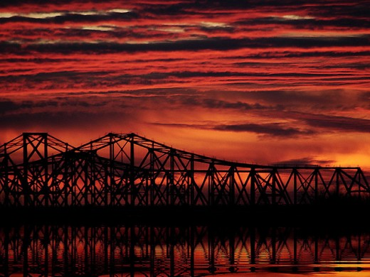 Fire in the Sky photo by ladywings, licensed by http://creativecommons.org/licenses/by-nd/2.0/deed.en