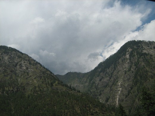 A picturesque view of Harinder Mountain Ranges North of Manikaran. I shot this on my way back from Manikaran.
