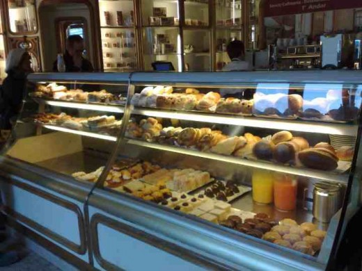 One of my favorite cafs in Lisbon. Enjoy a lazy day caf hopping. Fun, tasty - different.