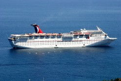 Cruise boat off the coast of Catalina.