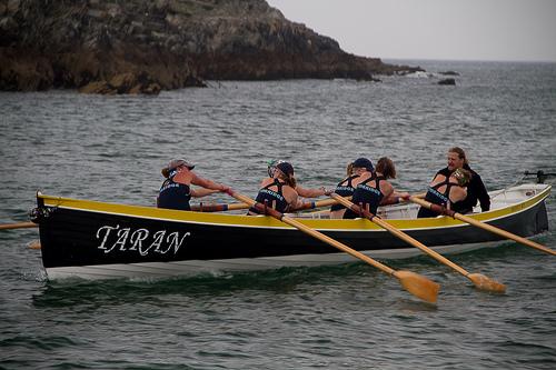 Gig Rowing.     Photo by: Dexla Media