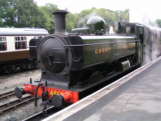 Bodmin Parkway Railway Station, Cornwall: A Bodmin & Wenford Steam Train