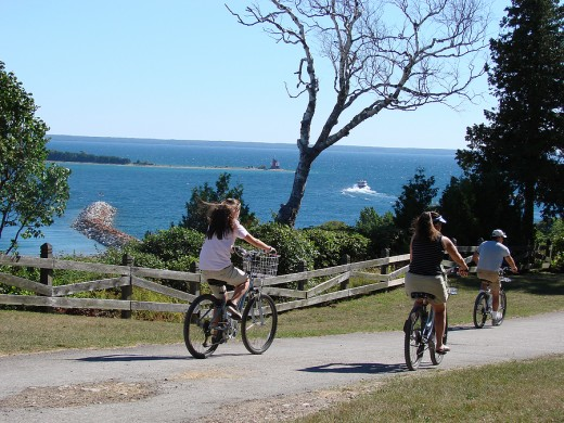 Bicycling around the Island