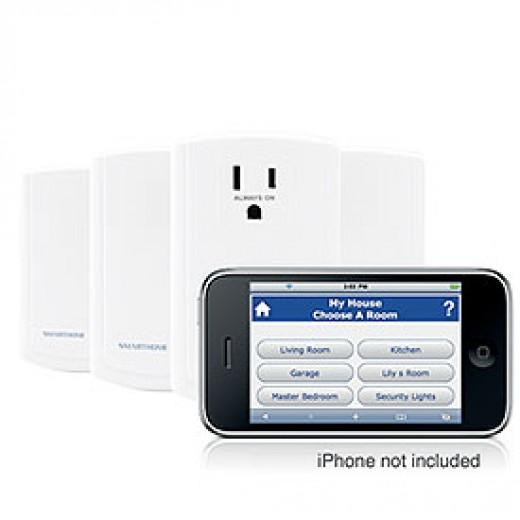 SmartLinc INSTEON Plug-In Starter Kit | image credit: SmartHome