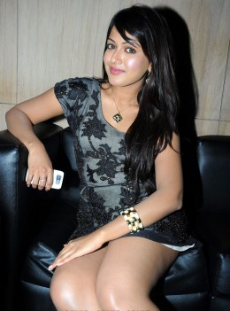 Catherine Tresa Showing Thunder Thighs