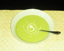 Easy Homemade Soup Recipes ~ Roasted Garlic and Pea Soup
