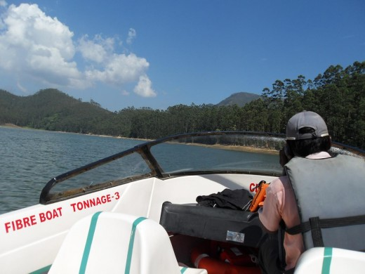 Speed Boat Ride, Munnar