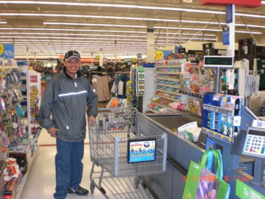Travel_Man1971 enjoying a shopping spree at one of the supermarts in Thorold, Ontario, Canada (Photo courtesy of Electrician Arezza)-May 2, 2009