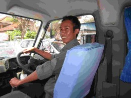 Mr Made, an experience and helpful English speaking driver/guide in Bali