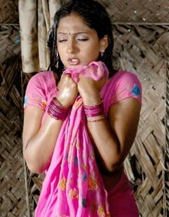 Malayalam Hot Actress Sheela News & Interesting Malayalam Movie Updates