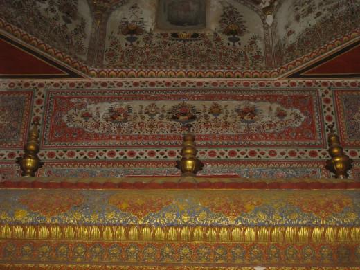 Painings at Mulgambhara of Amber Jain temple