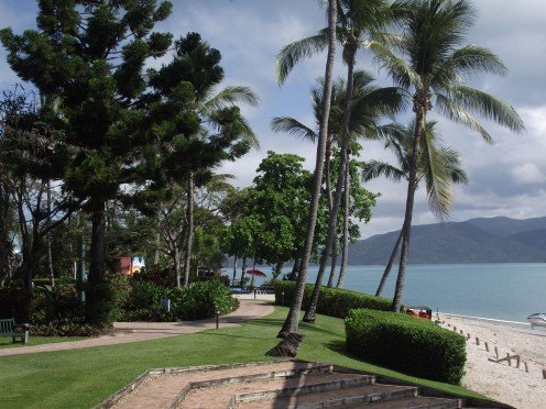 Walk to the southern tip of Daydream Island in a few minutes