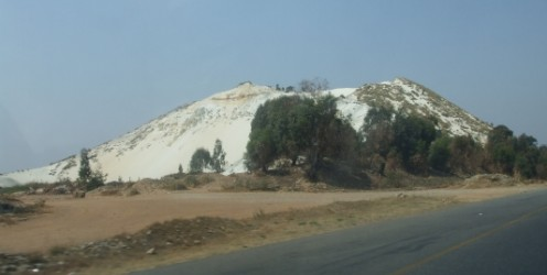 Mine dumps between Randfontein and Krugersdorp © Martie Coetser
