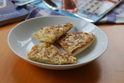 Easy Crumpet Recipe - Tips & Photos