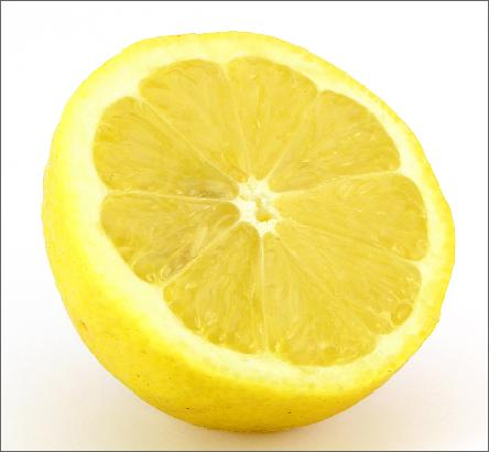 Do It Yourself (DIY) teeth whitening with lemons