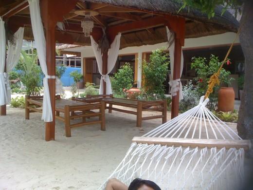 Massage hut, Linaw Resort