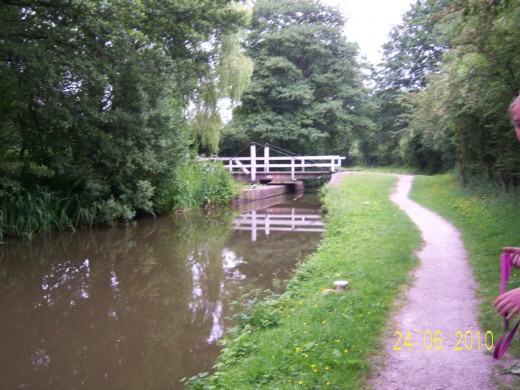 Tow path - Pretty swing bridge