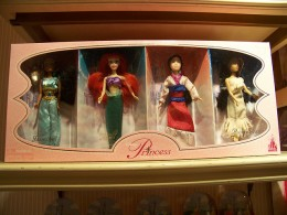 Disney princess doll set.