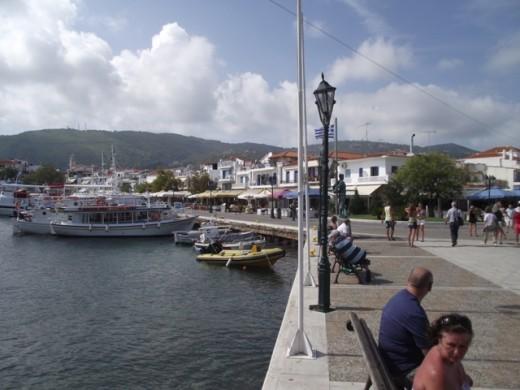 Skiathos - port