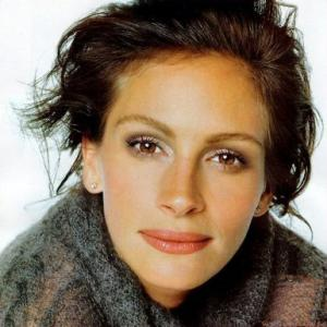 Julia Roberts  (Image courtesy of Blog.beliefnet.com)