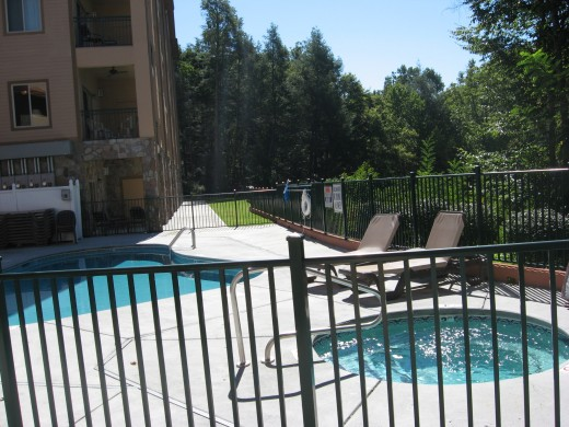 Pool and hot tub at the Gatlinburg condos