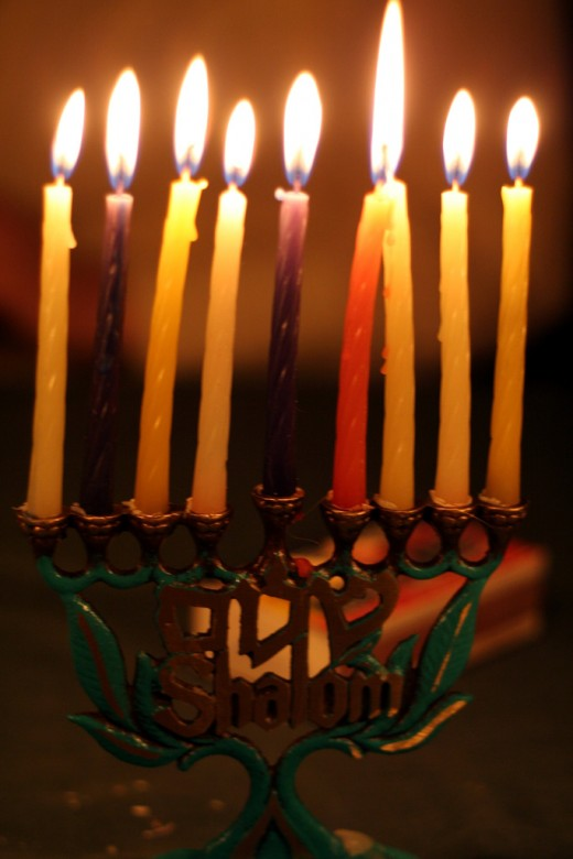 Hanukkah Gift Baskets Are a Great Way to Send Greetings During the Holidays