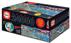 Box with 24,000 puzzle pieces of the biggest jigsaw puzzle!