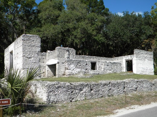 Tabby house ruins on the road leading to Kingsley Plantation