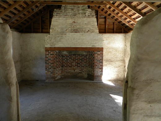 Inside the tabby slave cabin located at the compound gate