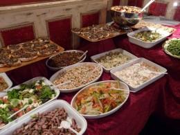 Kitsch buffet
