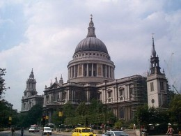 Sir Christopher Wren designed and built St. Paul's Cathedral in London