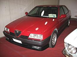 An Alfa Romeo 164 V6