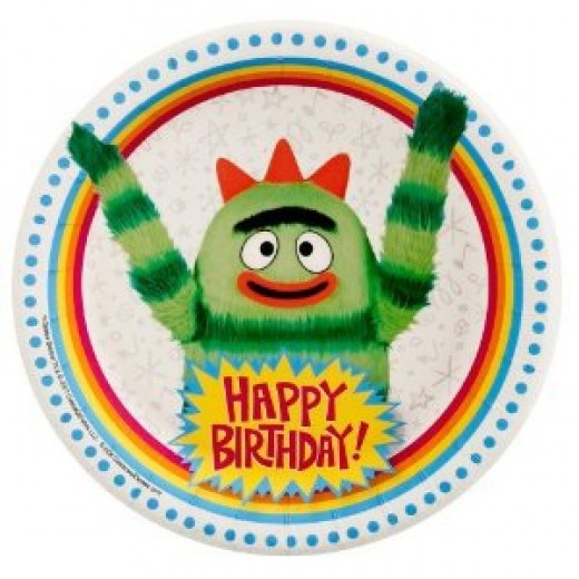 Don't forget the dessert plates for your Yo Gabba Gabba party supplies - you'll need these plates for your birthday cake servings.