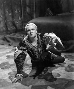 Lawrence Olivier was the first to make Hamlet a huge hit in Hollywood with his 1948 version of the play.