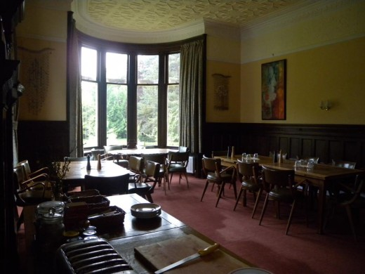 The dining room was located underneath the bedroom and had fantastic curved glass in the windows as well.