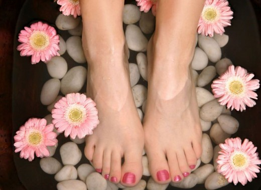 Tips on getting home based manicure and pedicure