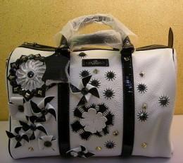 подруга продает сумку gucci оригинал.
